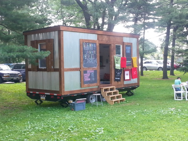 tiny house build Seeds with Wings